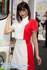 東京モーターショー2017日野イベントコンパニオン藤井マリー画像