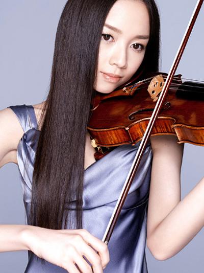 美しすぎるヴァイオリニストの宮本笑里の美ワキ&二の腕画像