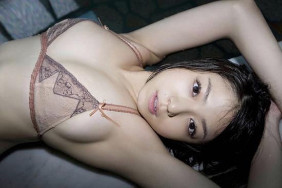 中村静香の美ワキなワキフェチ画像