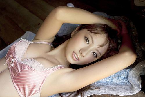 山本梓の美ワキなワキフェチ画像